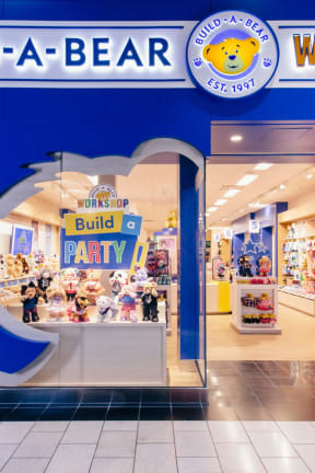 Free Teddys: Remodeled Build-A-Bear Workshop Reopens At Trumbull Mall