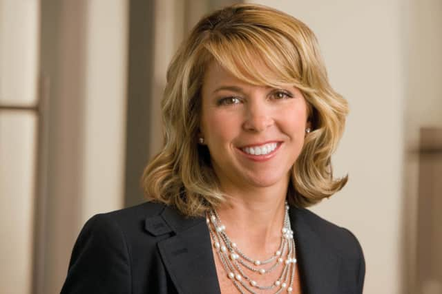 Liz Ann Sonders, Chief Investment Strategist from Charles Schwab & Co., will speak about the economic and market outlook at the Darien Community Association (DCA) on Thursday, Feb. 25 at 7 p.m.